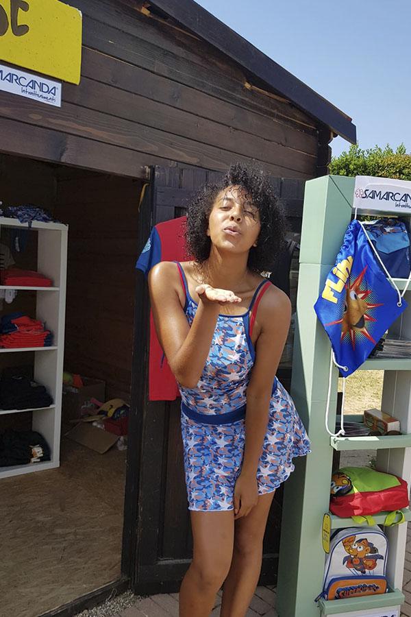 lavoro estivo come hostess villaggio turistico